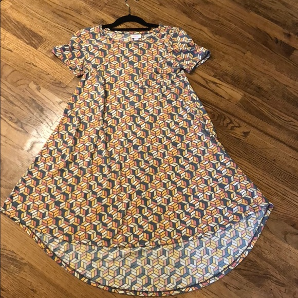 LuLaRoe Dresses & Skirts - LulaRoe Carly dress